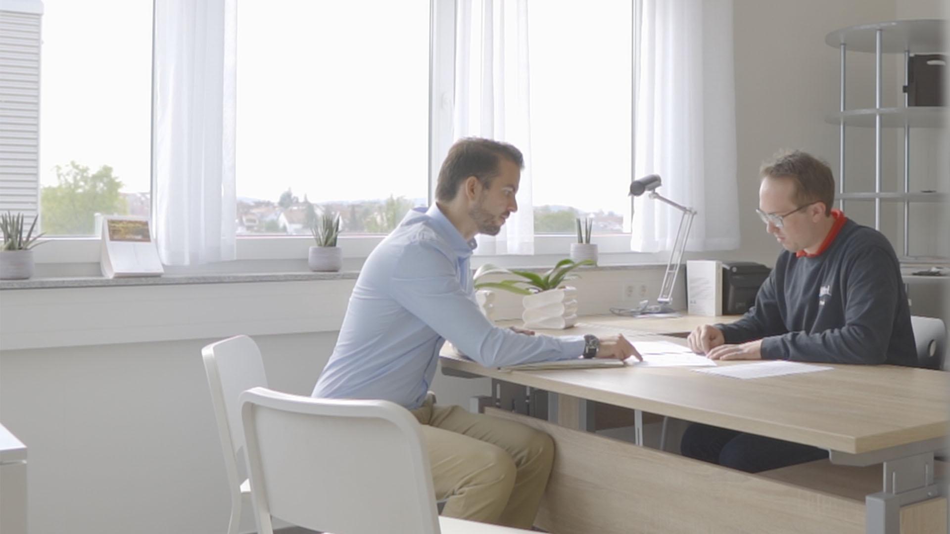Gerrit Speidel im Strategiegespräch mit Fabian Burkei